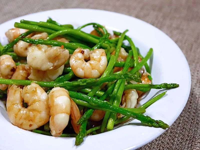Asparagus can complement any seafood dish, especially shrimp, scallops and fish. The color, texture and taste complements the delicate taste of the fish