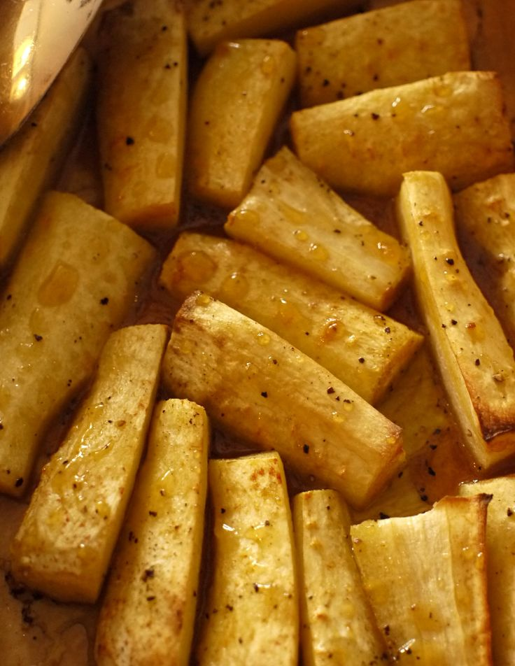 Parsnips roasted with honey and mustard is a delicious side dish, the whole family will enjoy