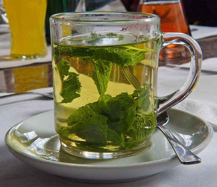 Peppermint Tea is very health. Discover the nutrient facts and health benefits of peppermint tea in this article