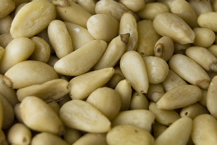 Pine nuts are a heklthy choice for salads, snacks and as a topping for biscuits, cookies, slices and cakes